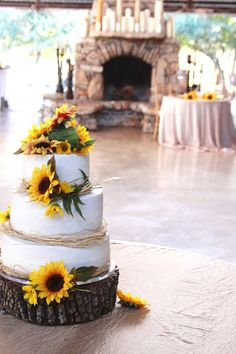 "Sunflower Wedding Cake @ Kali Kate Event Center © Cari Wible Photography. Nice for a ""garden weddng""."