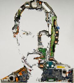 Tribute to Steve Jobs, the designers at Mint Digital created this tribute – a portrait made from the parts of a disassembled MacBook pro. I originally had this on my Inspirational Art board but i figured a true techy would love to see this. Steve Jobs, Photomontage, Kreative Portraits, Arte Cyberpunk, Web Design, Graphic Design, Celebrity Portraits, Circuit Board, The Originals