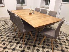 טיפים ליצירת אשלייה של חדר גדול Dining Room, Dining Table, Furniture, Design, Abandoned, Home Decor, Kitchens, Journey, Houses