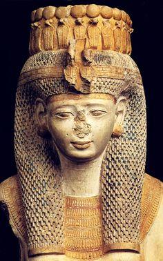 Merytamun. Detalle del rostro de la Reina Blanca. Detalle tomado de T. G. H. James, Ramesses. The Great, El Cairo