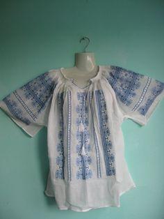Romanian Folk Art, Kimono Top, Culture, How To Wear, Tops, Women, Fashion, Moda, Popular Art