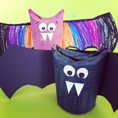 Gettin' Crafty with Lili Mouskouri: Toilet Paper Roll Bats!