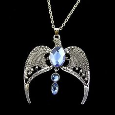 Ravenclaw, Geeks, Harry Potter Necklace, Hogwarts, Harry Potter Wedding, Swag, Harry Potter Fandom, Tiaras And Crowns, Chain Pendants