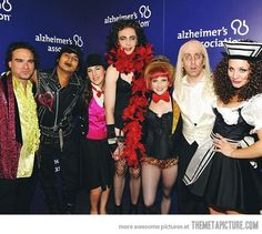 The Big Bang Theory Cast doing RHPS. Awesome combination.