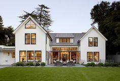 The Grange: classic Houses by Feldman Architecture