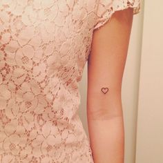 Cool Heart Tattoo Ideas For Women small heart tattoo ideas for girls. Tiny heart tattoo designs for womens. Cute heart tattoo ideas on wrist and fingers.