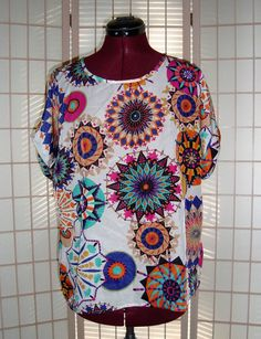 New Singwing Sz XL Multi Color Medallion Mandala Design Cuff Sleeves Top  #Singwing #PolyesterTop