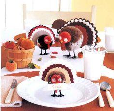 DIY Thanksgiving Dinner Table Decorations