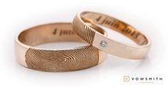 A Classic, in rose gold! Your beloved fingerprint on your wedding bands! Fingerprint Ring, Bangles, Bracelets, Promise Rings, Wedding Bands, Rose Gold, Engagement Rings, Classic, Chic