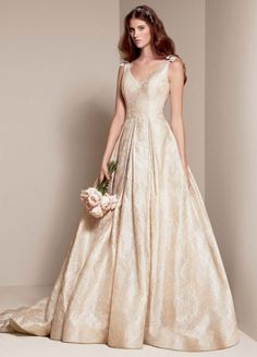 Vera Wang White VW351205 , $850 Size: 8   New (Un-Altered) Wedding Dresses