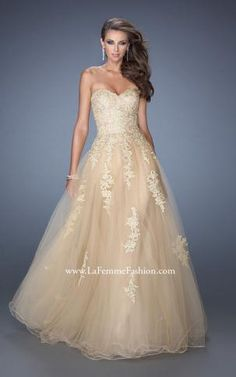 Really like this one! Pretty princess prom dress :)
