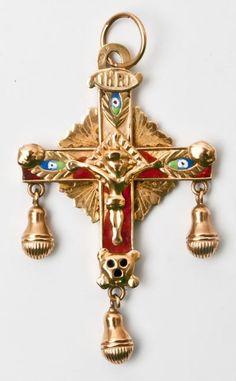 bijoux régionaux auvergnats, croix de Puy, or et émail