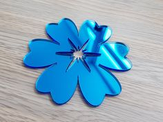 Sticker oglinda floare albastra Awesome, Blue Nails
