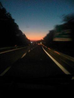 1200km in un giorno.i viaggi della speranza per disallestire una mostra..