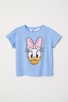 T-shirt with Printed Design - Light blue/Daisy Duck - Kids Cute Disney Outfits, Disneyland Outfits, Outfits For Teens, Daisy Duck, Blue Daisy, Christmas T Shirt Design, Duck Shirt, T Shirt Painting, Travel Shirts