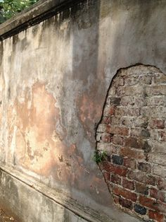 Dissecting an historic wall