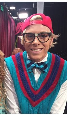 Riker on #DWTS he's so hot as a nerd