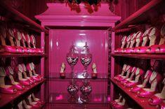 Barbie's Malibu Dream House dressing room