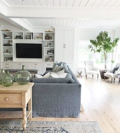 c/o Amber Interiors - creating a little seating nook aside the main living area. Coastal Living Rooms, Home Living Room, Living Room Furniture, Living Room Designs, Living Room Decor, Living Spaces, Living Area, Living Room Pottery Barn, Rustic Furniture
