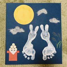 【アプリ投稿】足形でお月見うさぎさん Baby Footprint Crafts, Baby Crafts, Crafts For Kids, Arts And Crafts, Autumn Activities, Activities For Kids, Baby Footprints, Mid Autumn Festival, Hand Art