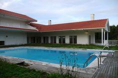 Moradia isolada localizada no centro de Colares-Sintra com 14600 m2 de terreno…