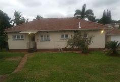 Bedroom Corner, 3 Bedroom House, Corner House, Real Estate, Bath, Home, Bathing, Bedroom Nook, Real Estates