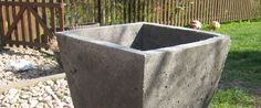 Støb en væltesikker blomsterkumme – Part 3 og færdig Cement, Concrete, Urn, Garden Inspiration, Diy And Crafts, Projects To Try, Home And Garden, Outdoor Decor, Plants