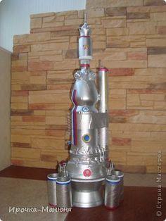 """Снова в космос. Ещё на одну космическую ракету хотим пополнить """"Страну мастеров"""". С сыном слепили такой аппарат в школу. фото 1"""
