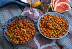 Fűszeres pirított csicseriborsó-snack Bruschetta, Chana Masala, Grapefruit, Tapas, Curry, Chips, Ethnic Recipes, Food, Curries
