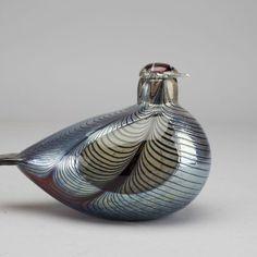 """Oiva Toikka for Nuutajärvi (Notsjö) - bird """"Fasaani (Pheasant)"""" Red Centre, Scandinavian Art, Glass Birds, Pheasant, Beautiful Birds, Glass Art, Pottery, Ceramics, Antiques"""