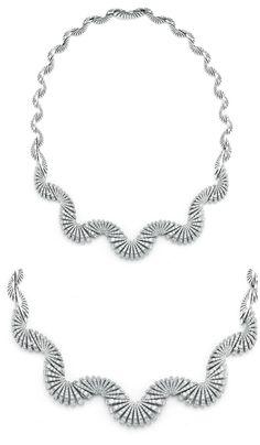 Miseno Ventaglio necklace in white gold with 8.67 carats of diamonds.