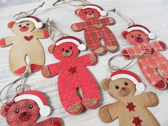 http://mariannesberen.blogspot.nl/2015/10/kerstberen-hangers.html