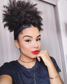 Trendy Hair Color Trends Top 10 For Women Ideas Best Curly Haircuts, Ponytail Hairstyles, Trendy Hairstyles, Weave Hairstyles, Hairstyles Pictures, Updos, Wedding Hairstyles, Curly Hair Cuts, Short Curly Hair
