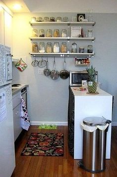 Inspiring Small Apartment Kitchen Organization 25 image is part of 50 Brilliant Small Apartment Kitchen Organizations Ideas gallery, you can read and see another amazing image 50 Brilliant Small Apartment Kitchen Organizations Ideas on website Apartment Kitchen Organization, Small Apartment Kitchen, Small Apartment Decorating, Apartment Ideas, Organized Kitchen, Studio Apartment Storage, Basement Apartment Decor, Apartment Design, Attic Apartment