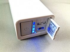 Kuel F60Q USB Battery Pack for iPhone, iPad, iPod Touch, Android, & all USB devices.