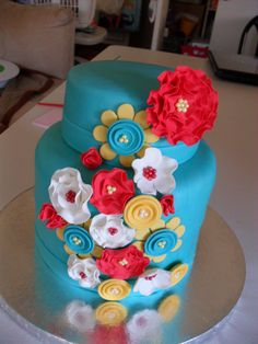 """I had all kinds of problems with this cake, but it was only for me so it was a big deal. My fondant started bubbling and the back looks horrible and the sides started buckling. Good learning experience though. I tried to do a 6 in tall cake. Pretty Cakes, Cute Cakes, Beautiful Cakes, Fondant Cakes, Cupcake Cakes, Teen Cakes, Birthday Cupcakes, Blue Cupcakes, Floral Cake"