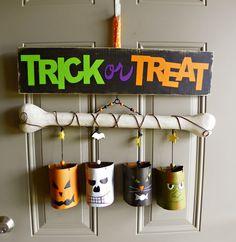 Halloween Door Art - no instructions, but easily enough duplicated using tin cans