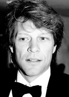 Jon Bon Jovi. I love your face.