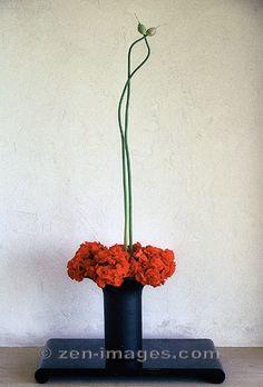 Ikebana-004.jpg by Zen-Images, via Flickr