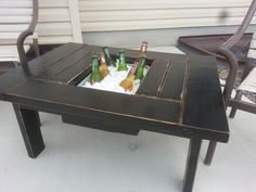 """Mini Cooler Table. ¤♡¤ Love it! I would change it a little because I've been wanting to do something like this but make a more narrow """"table top"""" part & a bigger middle section to use as a sand box for Chancey! Could also use it for anything (a planter, place for sunscreens, candles & decor, etc.)"""