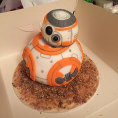 Star Wars BB-8 cake.