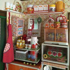 1970s Decor, Retro Cafe, Retro Kitchen Decor, Retro Room, Cute House, Toy Rooms, Room Goals, Japanese House, Decoration