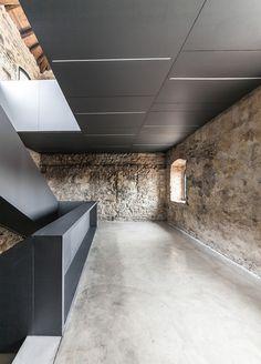 Recuperación y Reutilización del Proyecto, TORRE DEL BORGO, Edificio público. La conexión entre lo antiguo y lo moderno. Gianluca Gelmini.