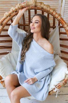 modrý oversize sveter pletený Models, Cover Up, Uni, Tops, Dresses, Fashion, Colour, Templates, Vestidos