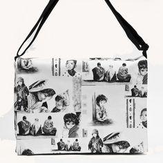 Sacoche patchwork noir et blanc Site : http://www.lysandcreations.com/boutique/liste_rayons.cfm?