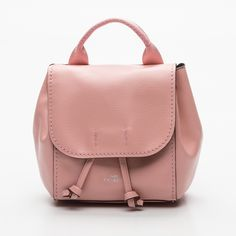 now on eboutic. New York Style, Brand Ambassador, Coach Handbags, Modern Luxury, Leather Backpack, Fashion Backpack, Backpacks, Wallet, Accessories