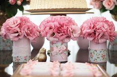Decoración Shabby Chic, para el 1 añito de Tú Princesa!! El Romanticismo y la Ternura a todo su Esplendor http://tutusparafiestas.com/decoracion-shabby-chic-fiesta-de-cumple-1-anito/