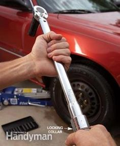 How to Use a Torque Wrench | The Family Handyman