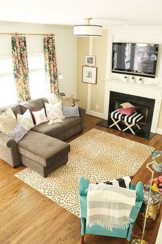 Charming in Charlotte // One Room Challenge #livingroom