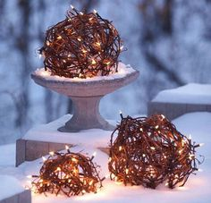 Globed Christmas Lights | Click Pic for 21 DIY Christmas Outdoor Decorations Ideas | Front Porch Christmas Decorations